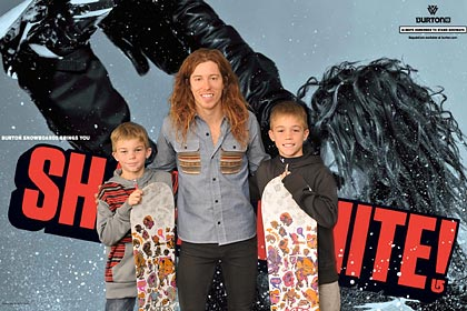 Shaun White, Burton snowboards, dicks sporting goods, Green Screen Photography