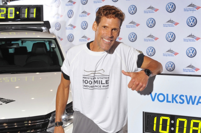 ultra marathon man, dean karnazes, makes celebrity step repeat photo appearance at chicago marathon