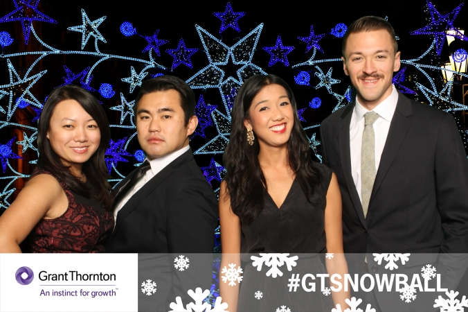 group shot, green screen photo booth at holiday party, gtsnowball, chicago