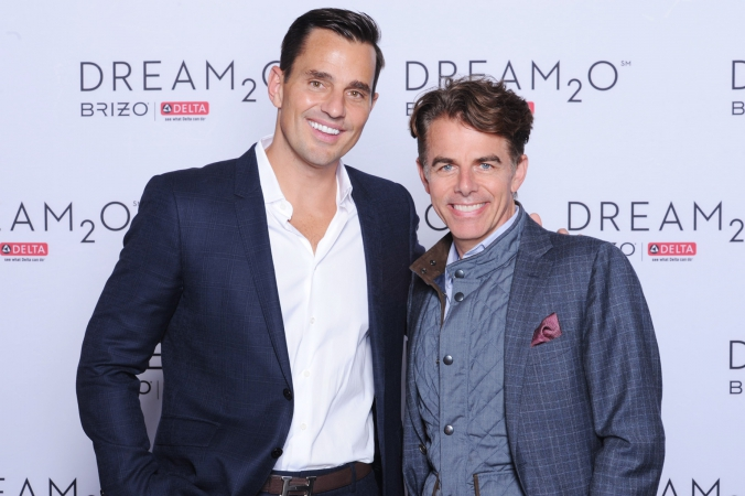 bill rancic poses with guests on dream2o step repeat, 5x7 photo printed onsite