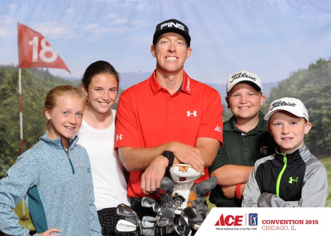 PGA World Champion Hunter Mahan with young fans, ACE Convention 2015, McCormick Place.