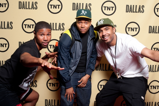young men pose on step repeat icon theater preview screening of tnt tv show dallas rebooted, photography by fab photo chicago